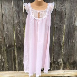 Yolande Vintage Nightgown Lace Trimmed Knee Length